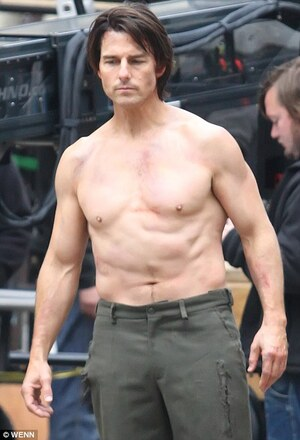 What S Up With Tom Cruise S Torso Broadsheet Ie