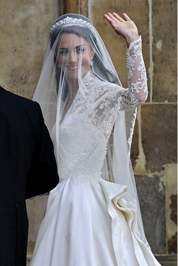 Did Kate Use Irish Lace In Wedding Dress? | Broadsheet.ie